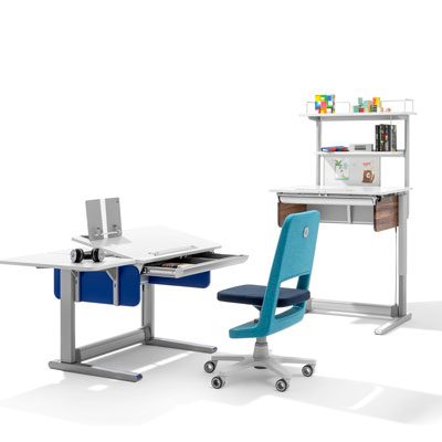 Ергономични бюро и стол