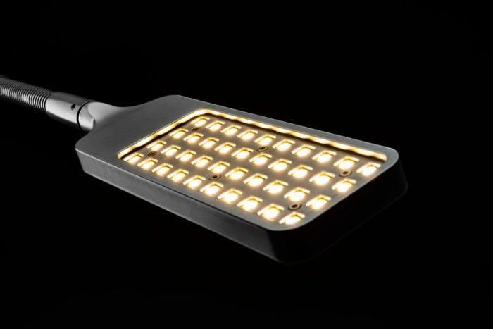 2020 lampa L7 LEds 01