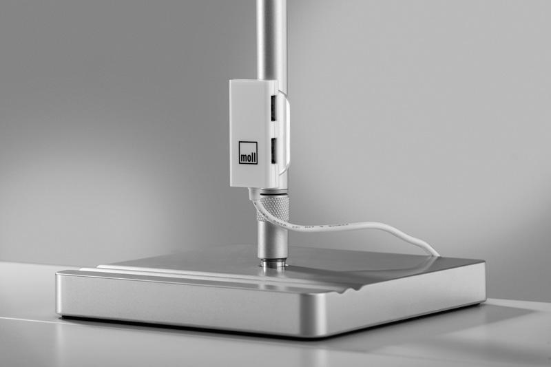 2020 lampa L7 USB