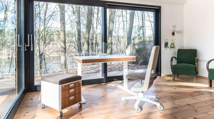 moll 2020 unique office walnut vila 01 M