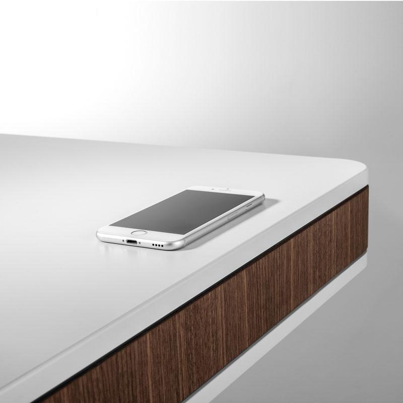 безжично зарядно телефон наа бюро за домашен офис